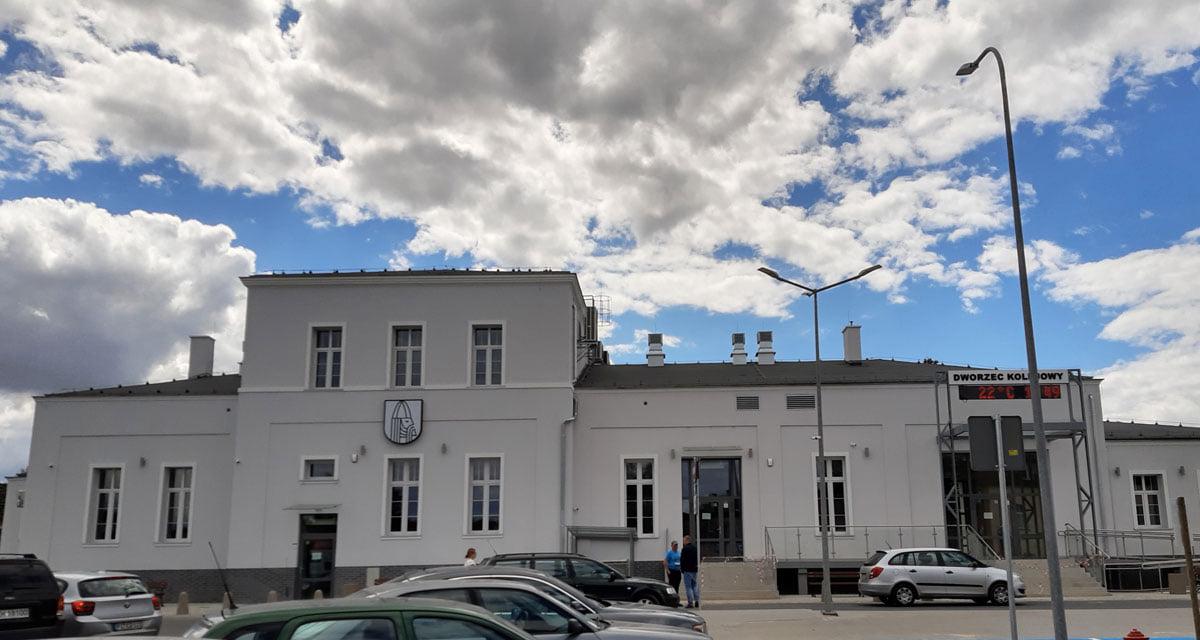 Modernizacja budynku dworca kolejowego wChoszcznie jako platformy organizacji społecznych